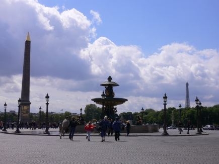 3-Concorde協和廣場-1遠眺巴黎鐵塔.jpg