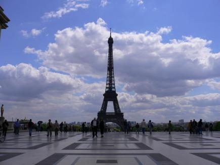 2-Chaillot莎佑宮-2看巴黎鐵塔.jpg