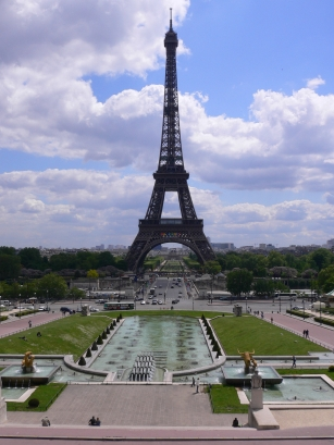 2-Chaillot莎佑宮-4看巴黎鐵塔.jpg