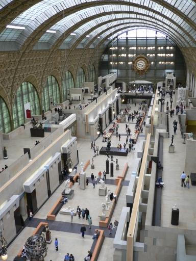1_Musee dOrsay大廳1_爬到六樓照的.jpg
