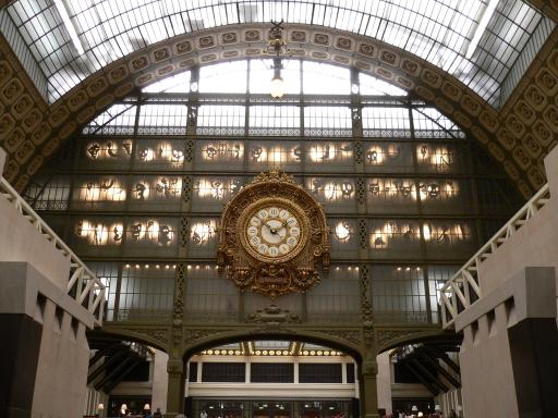 1_Musee dOrsay大廳2_大鐘後面的傀儡光影.jpg