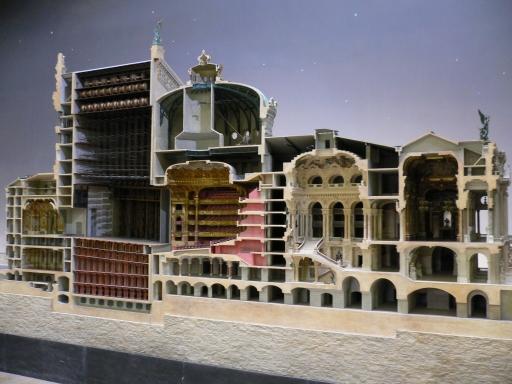 4_建物1_巴黎歌劇院內部示意.jpg