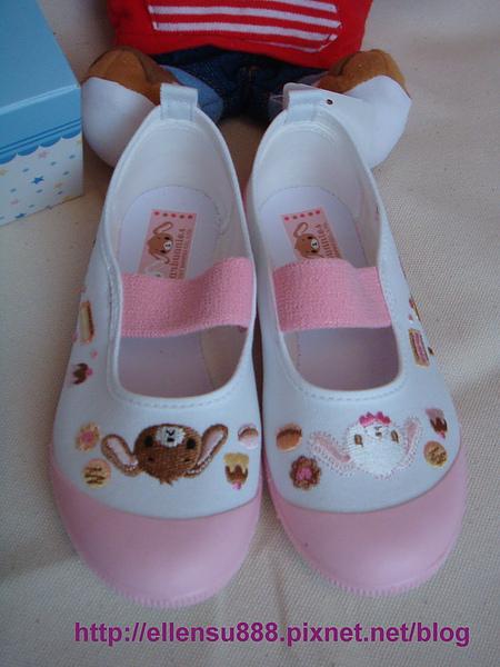 日本製童鞋-2.jpg