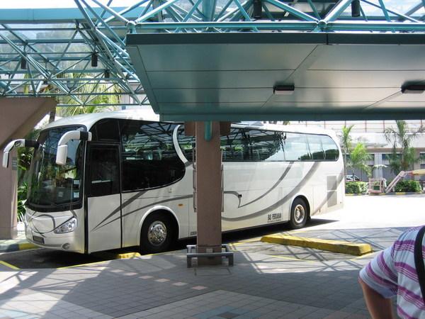 樟宜機場搭Bus處(不可以開冷氣勒)