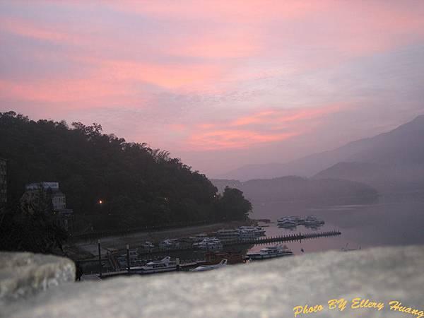 水社碼頭 早晨