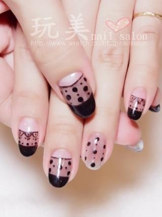 手繪蕾絲光療指甲
