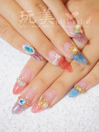 琉璃 水晶指甲