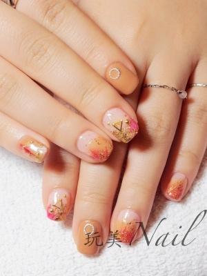雙色暈染+金箔造型凝膠指甲