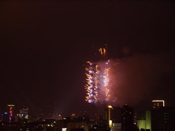 101煙火2010-2