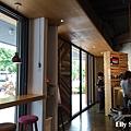 Elly-Studio7.jpg