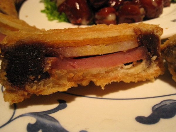 既甜又鹹的獨特三明治