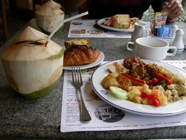 最後一天在泰國吃早餐...