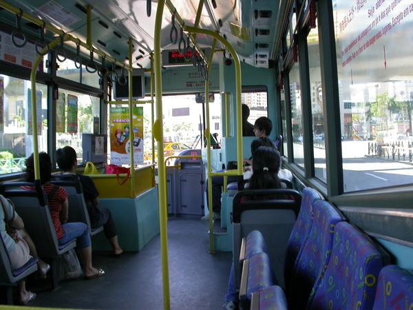 第二次來澳門,這次我們的代步工具是bus