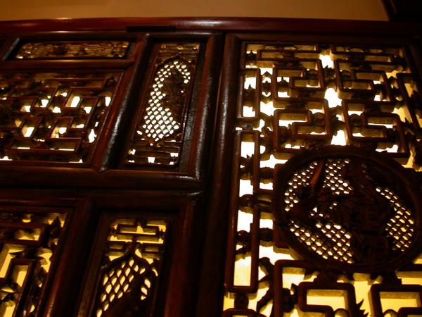 窗戶頗中式
