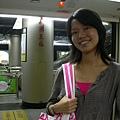 在廣州東站轉地鐵到「市二宮」的婚紗一條街