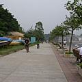 長洲西堤路吹海風