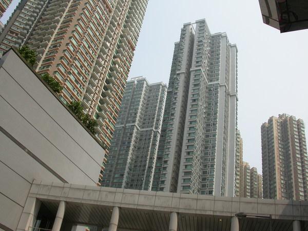 大樓林立是香港的特色之ㄧ