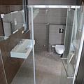 2F主臥衛浴