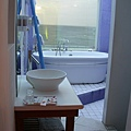 看的到海的浴室、裕缸