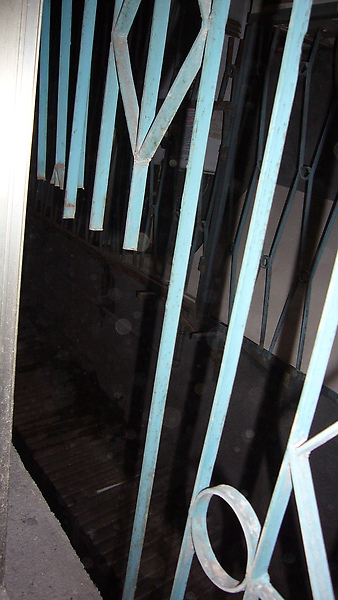 我們也打算換一個有安全效果的鐵窗