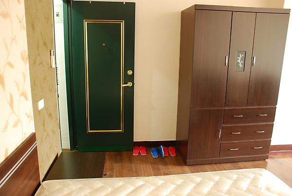 入門處和新衣櫥