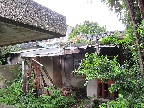破敗的日式宿舍