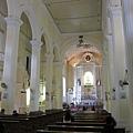 第一次進去玫瑰教堂裡面
