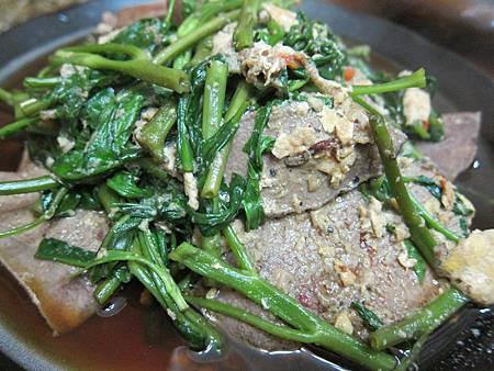 菠菜炒豬肝