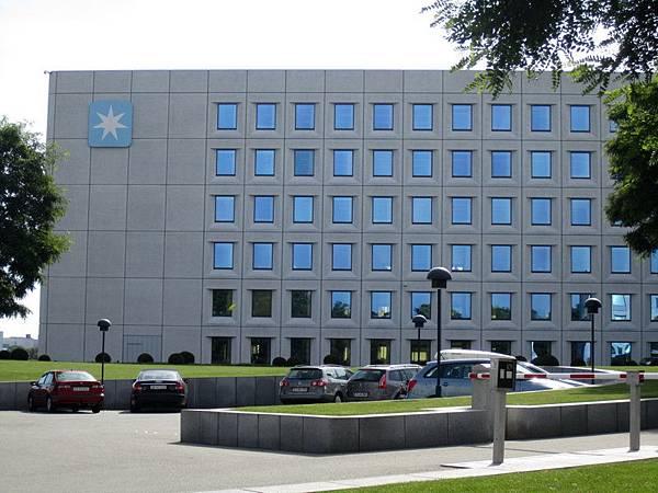 Maersk 總部就在小美人魚的附近