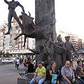 鬥牛場前的鬥牛士 Jose Cubero 雕像