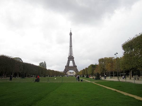 Bonjour Eiffel! 我們又見面了