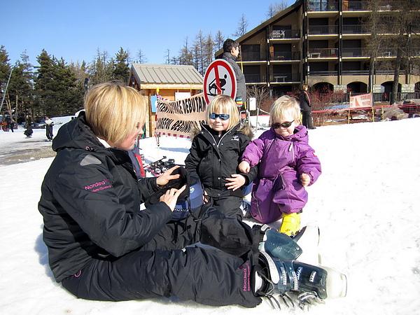 媽媽大方的讓我幫小孩拍照