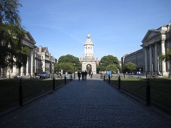 Trinity College  三一學院