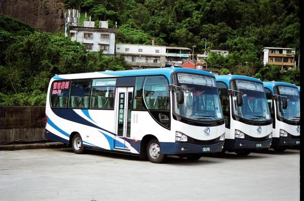 新店客運的小巴士[乙類大客車]  感謝台北提供