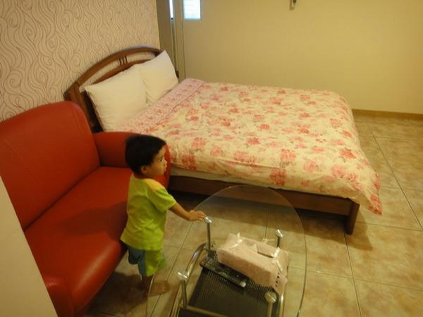 房間內_縮小大小.JPG