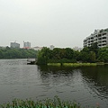 P1090007-餐廳外的人工湖.JPG
