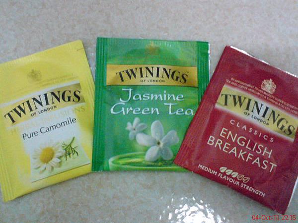 DSC01552-五星級飯店的茶包果然是高級的唐寧茶,帶走.JPG