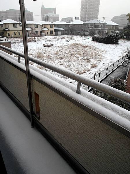 2/17 早上起床雪已停了