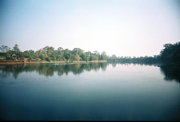 小拖介紹過的Angkor Wat的護城河