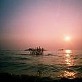 在Tonle Sap Lake上看夕陽