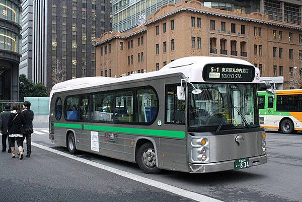 為了吸引大家前往下町觀光,去年四月開始運行的東京老街觀光巴士