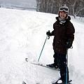 完全沒滑過雪的人,竟然要從高級坡段開始滑起,我會摔死