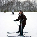 而且一邊滑雪還能一邊幫我拍照,真佩服他!