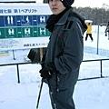 瞧葉大師的全身幾乎沒有沾到雪,可惡!