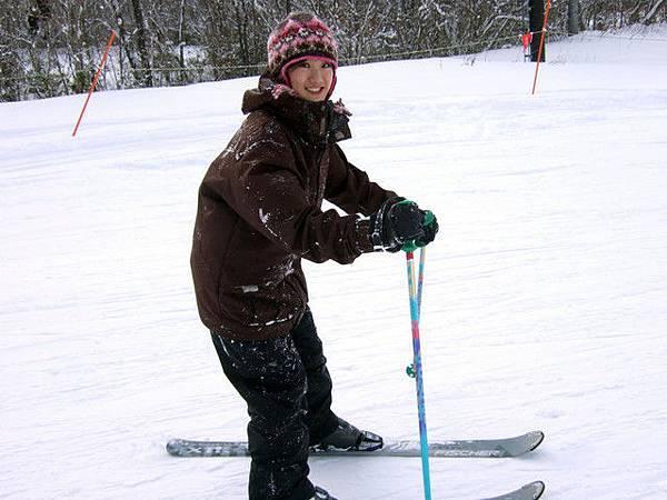 此時已經可以享受時速六十以上的滑雪快感了!