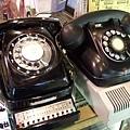 我和我媽一直很想入手的老式電話,但應該無法使用了只好放棄