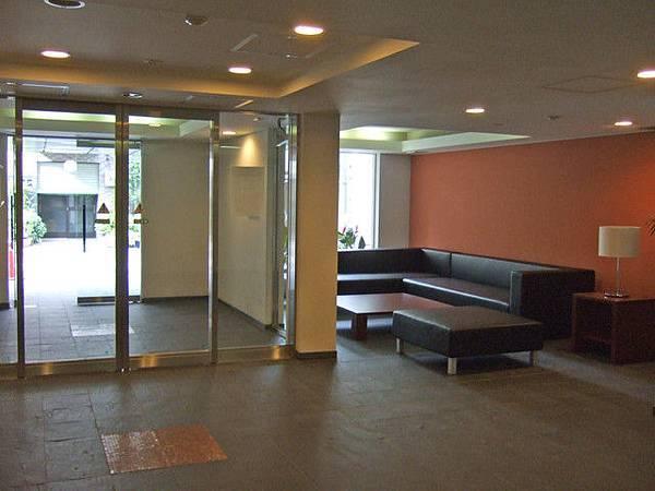 一樓的小lobby很不錯~但從來沒看過有人使用呢