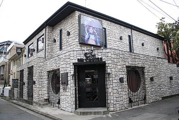 蓋得像是城堡般,店名也是取為ur castle的美髮沙龍店