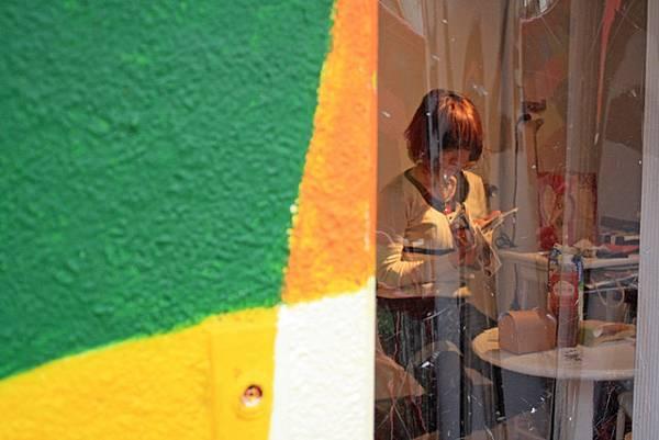 偷拍房內的藝文少女