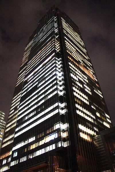 Midtown Tower結合了辦公大樓和飯店一共53層高
